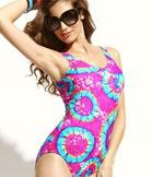 美女泳装图片